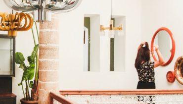Tendencia TOP: Decorar la pared con varios espejos