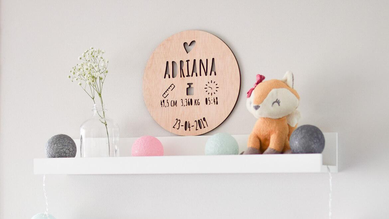 Natalicios de madera: un regalo muy especial para celebrar la llegada del bebé