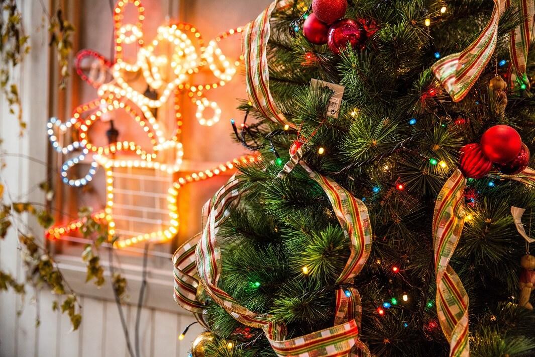 arbol-de-Navidad-iluminado