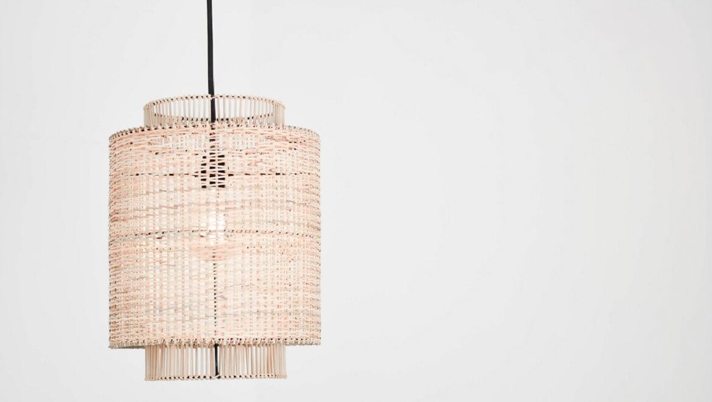 Lámparas de fibras naturales para tu hogar